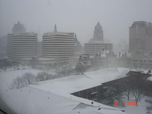downtown-milwaukee.jpg